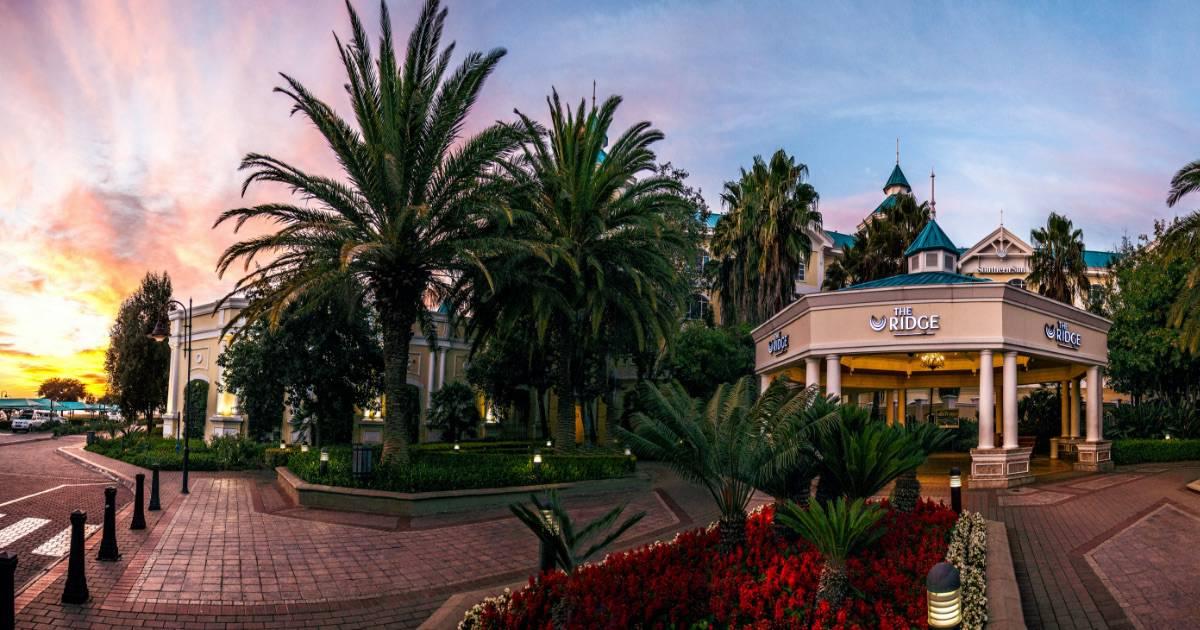 Ridge casino restaurants hotels close to niagara falls casino